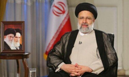 رئیس جمهور کسب مدال طلای جهان توسط دو کشتیگیر ایران را تبریک گفت