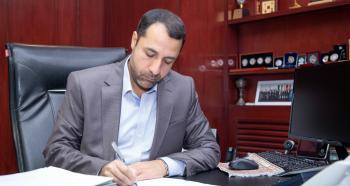 علی صالح آبادی رییس کل بانک مرکزی شد
